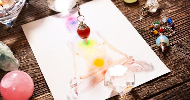 crystal healing1 r