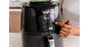 Ninja Air Fryer AF100UK display press CMYK r